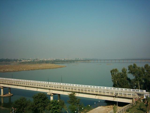 River Jhelum Urdu  D8 Ac Db 81 D9 84 D9 85 Jhelum River Is The Largest And Most Western Of The Five Rivers Of Punjab And P Es Through Jhelum District